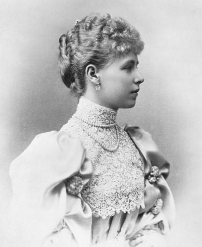 Marie_of_Romania_1893