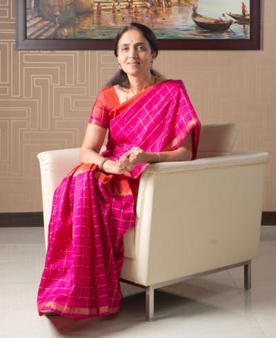 chitra-ramkrishna_thumb_092216031642