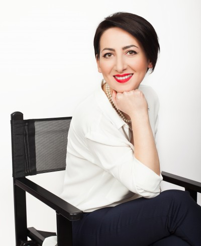 Stela Toderascu Speaker The Woman