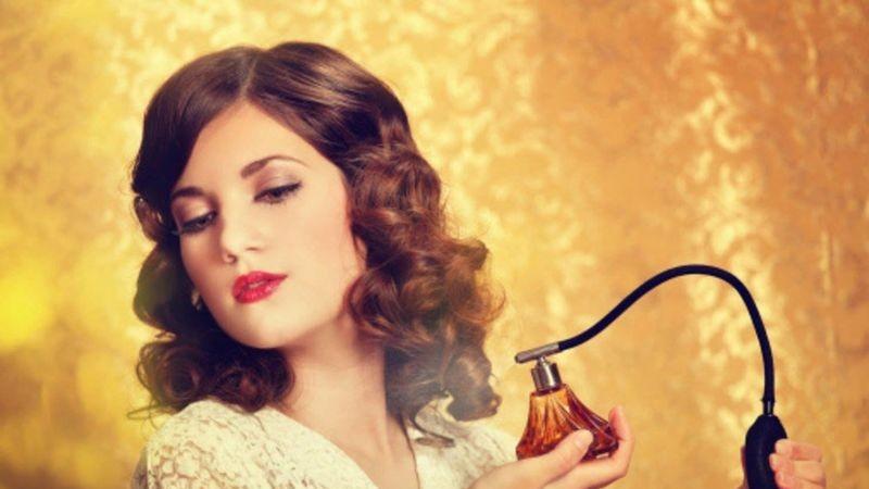 istoria-parfumului-mistere-14697093151400-resize