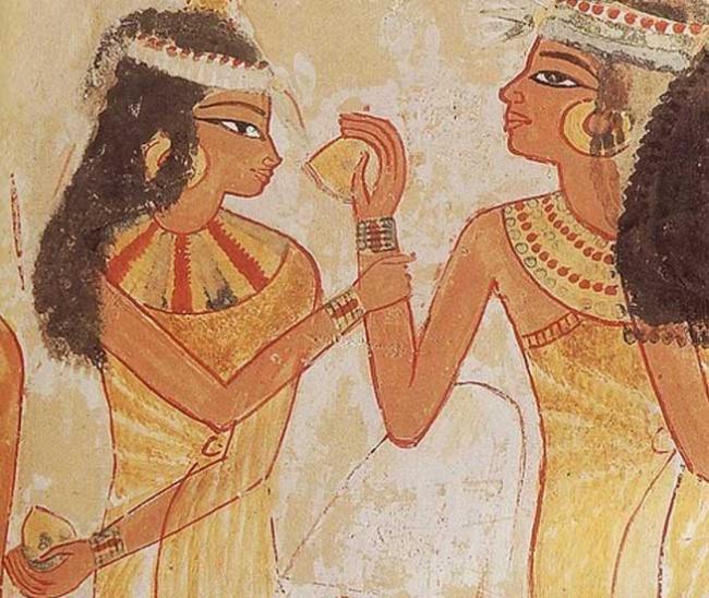 parfumul-istoriei-18445673