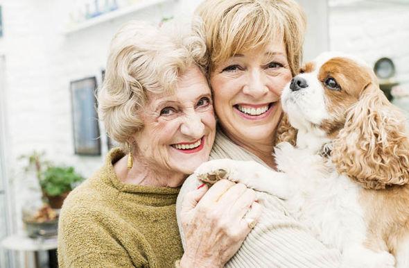 elderly-women-dog-457245