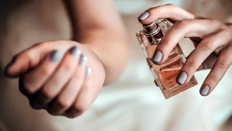 perfume_feat_0