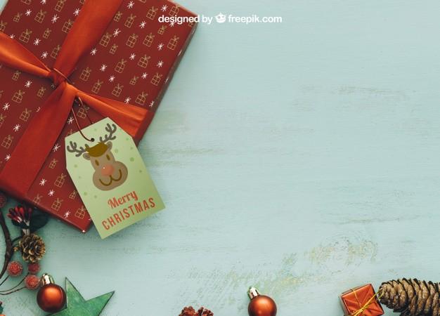 christmas-mockup-with-space_23-2147716386