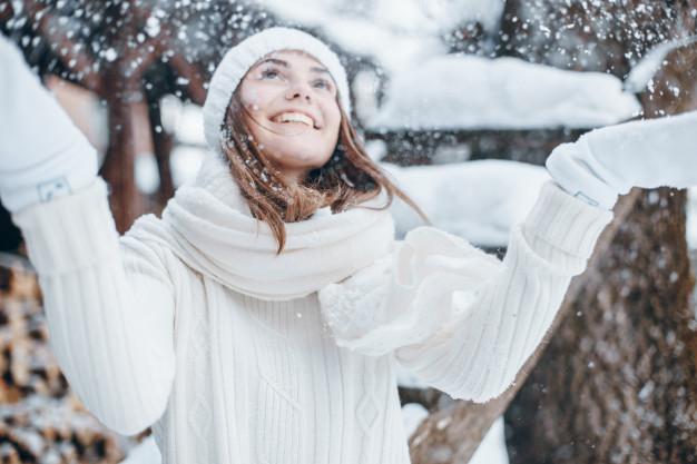 girl-in-winter_1328-998