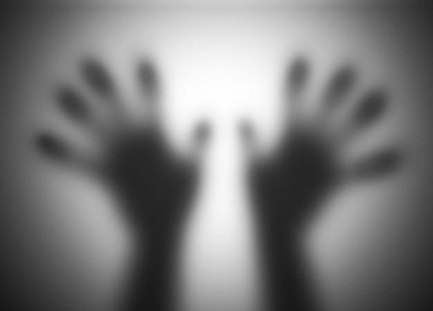 translucent-hands_1160-679