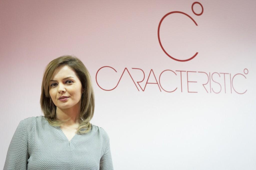 The Woman Magazine - Mihaela Gaciu -Caracteristic