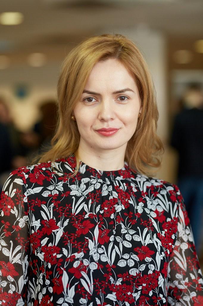 The Woman Magazine - Mihaela Gaciu - Caracteristic 3