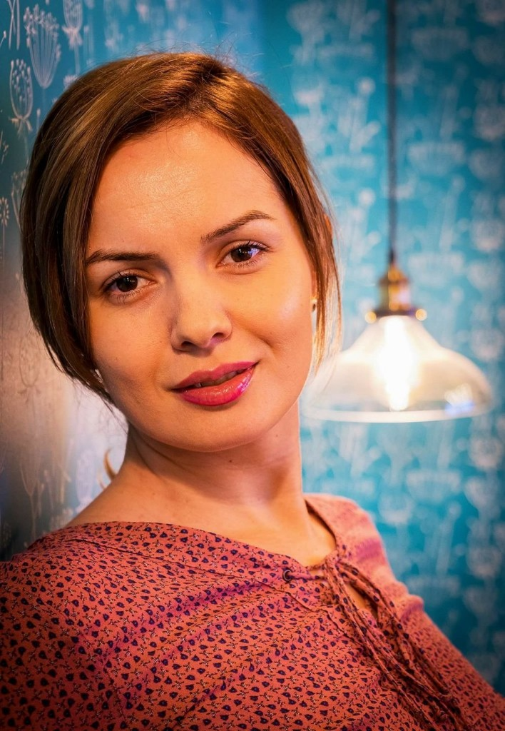 The Woman Magazine - Mihaela Gaciu - Caracteristic 4