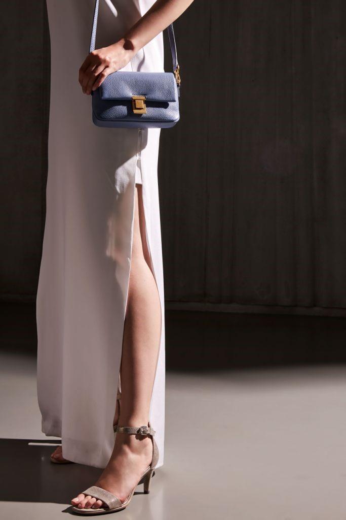 The Woman Magazine - Ecco Shoes mai 3