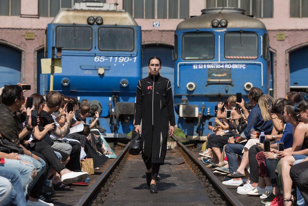 The Woman Magazine_Feeric Fashion Week2