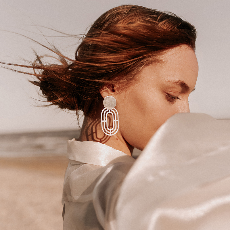 Georgiana Ciceo:monom - SOLARIA earrings: Denisa Coman - The Woman Magazine