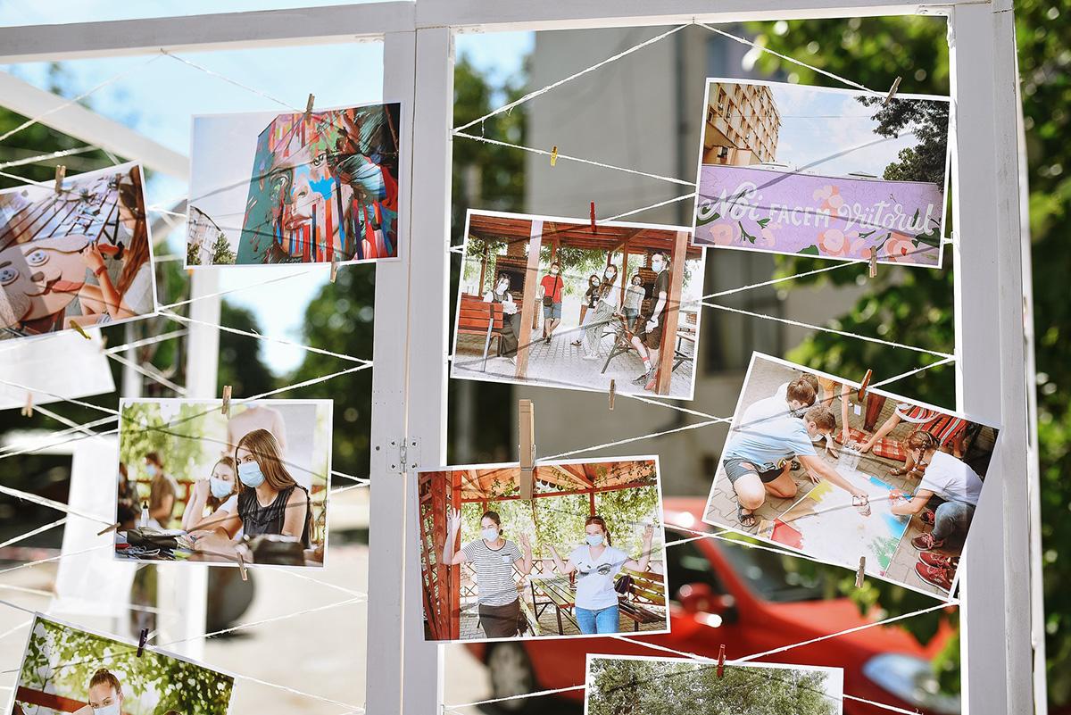 Expozitia ART & PLAY (photo by Stefan Adrian)