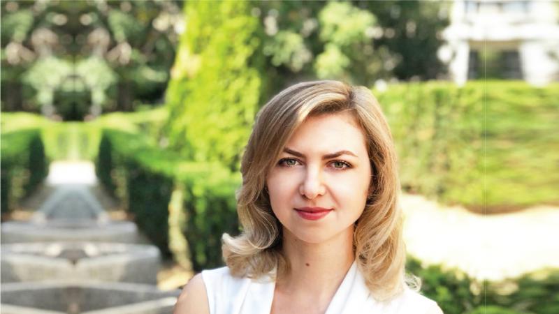 Elena Neațu The Woman-02