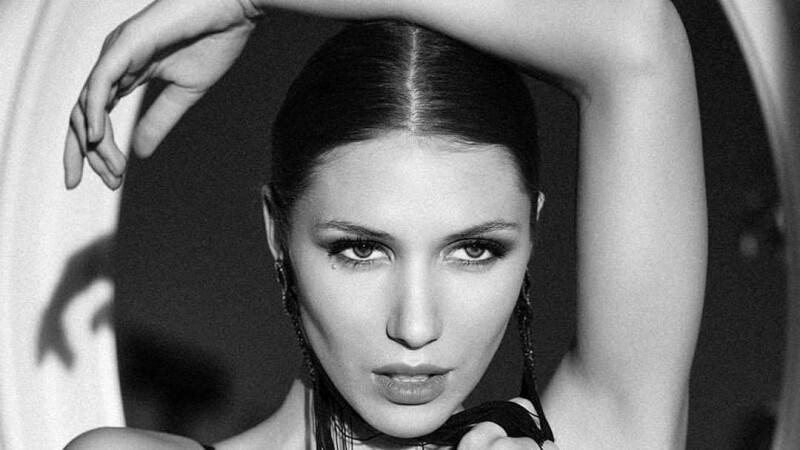Landiana Cerciu, Vicepreședinte Feeric Fashion Week x The Woman (6)