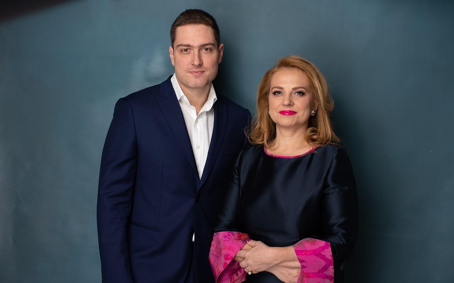 Dr. Teodorescu Elena Claudia & Vlad Teodorescu